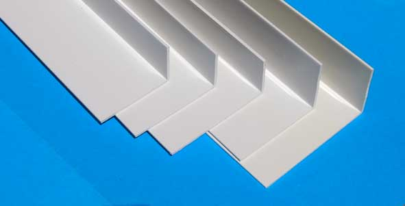 Habillage fenetre pvc for Champ plat pvc blanc